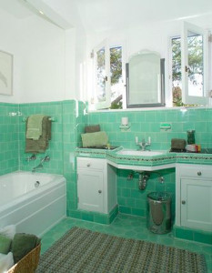 1930's Mint Green Retro Bathroom